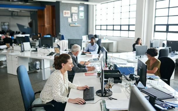 دراسة أمريكية تحذِّر | العمل ساعات طويلة